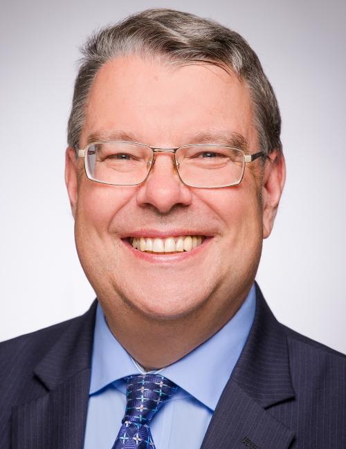 Dr. Matthias Höhne